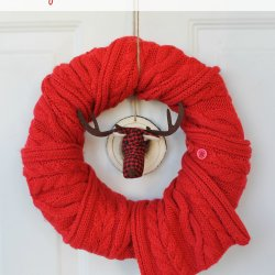 Simple Holiday Scarf Wreath