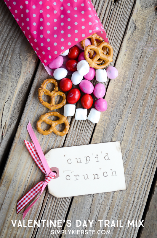 cupid-crunch-trail-mix-1-6-logo