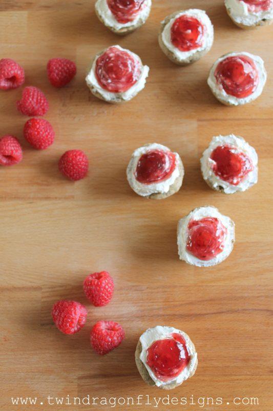 Raspberry Cheese Cake Tarts