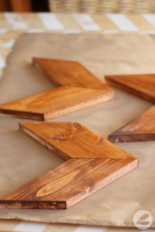DIY Rustic Arrow Wall Decor