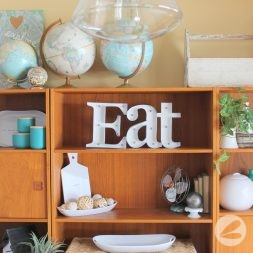 Upcycled Eat Sign