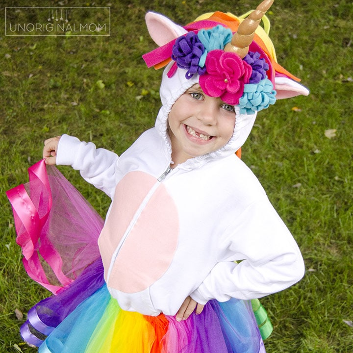 DIY Unicorn Hoodie Costume with Rainbow Tutu – Tutorial!