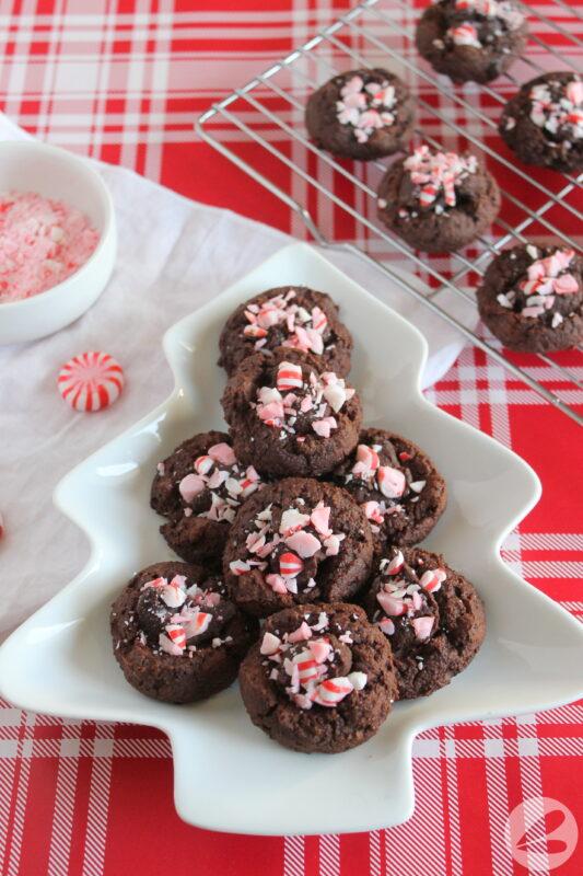 keto peppermint chocolate thumbprint cookies
