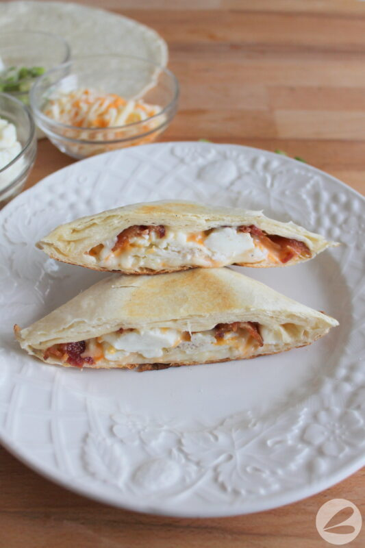pie iron breakfast wrap