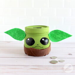 baby yoda mason jar craft