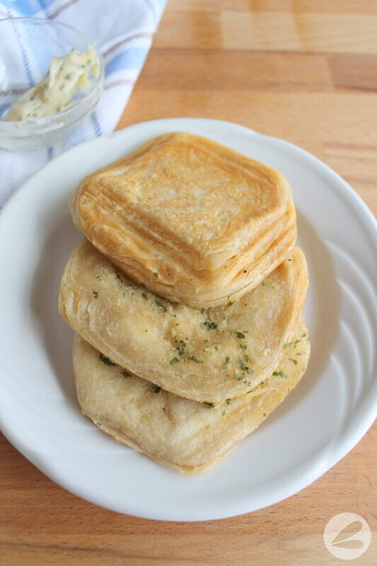 pie iron garlic bread