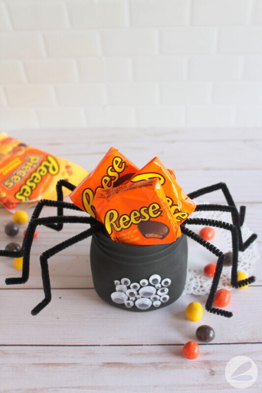 spider mason jar craft