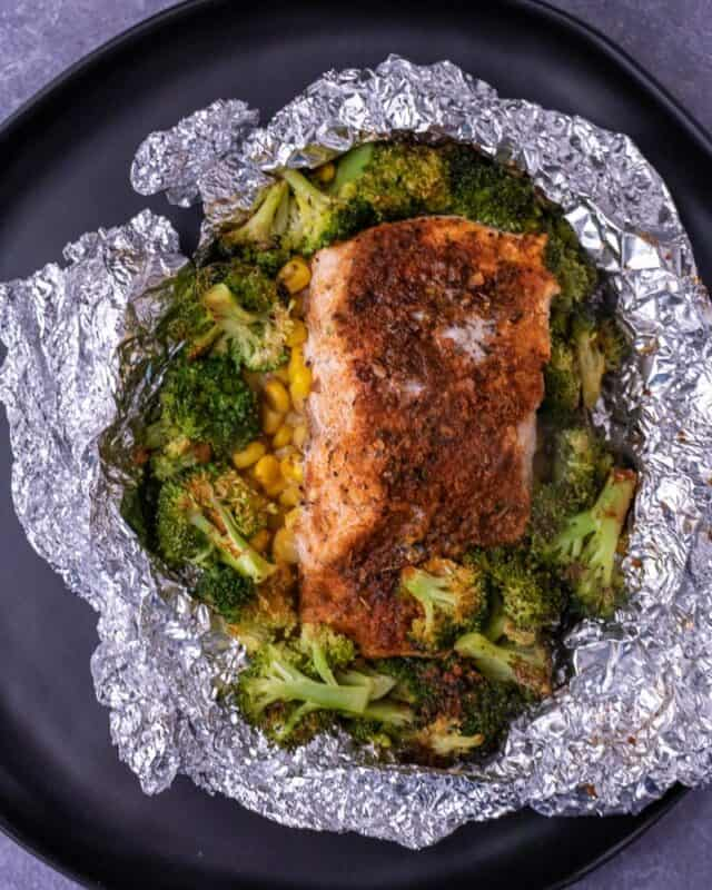 air fryer cajun salmon foil packets