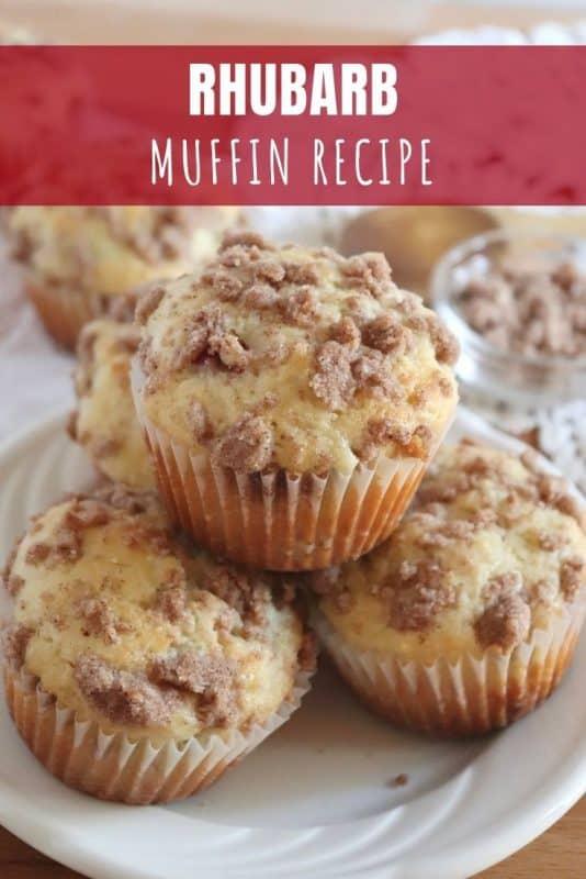 Delicious Rhubarb Muffin Recipe