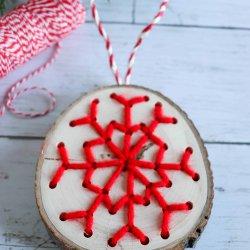 yarn snowflake ornament craft
